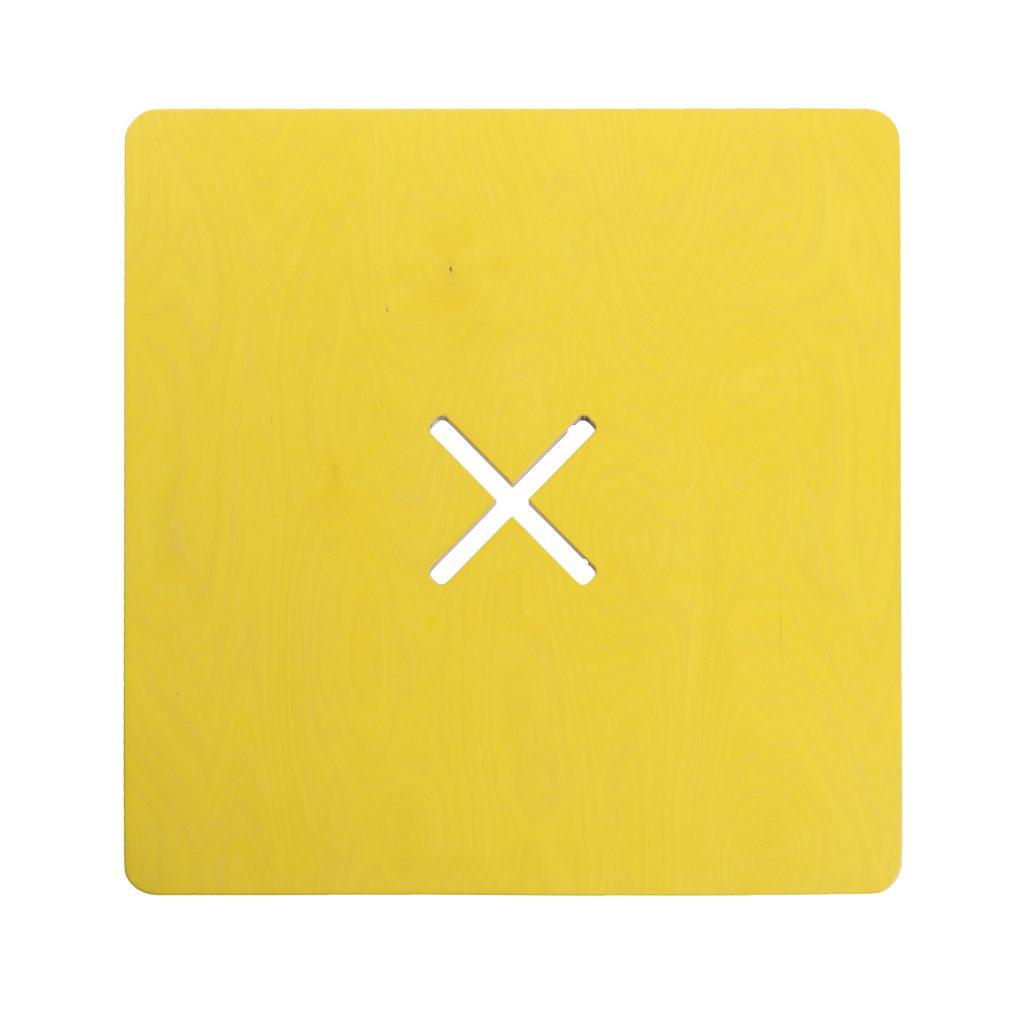 Pieni neliskulmainen pöytä, keltainen