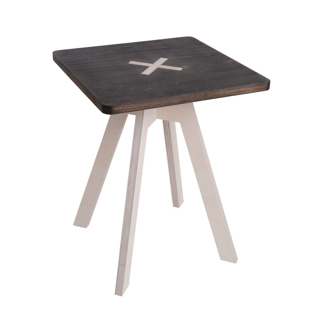 Square table, black
