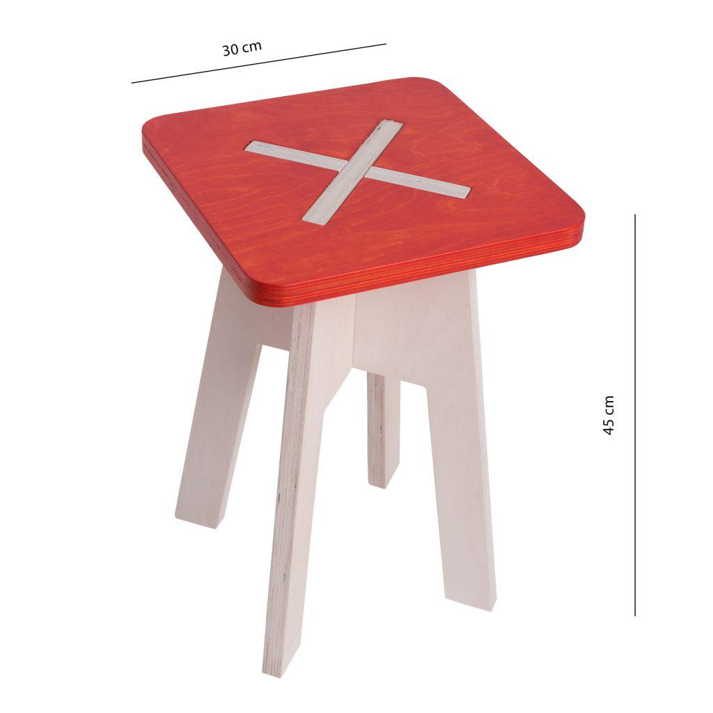 Neliskulmainen tuoli, punainen